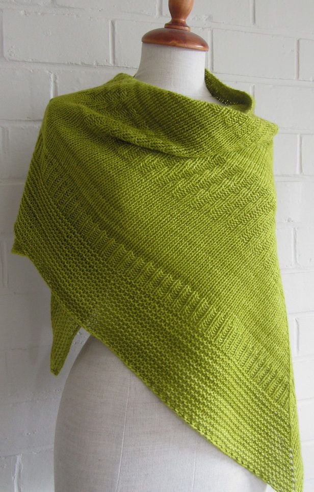 Free Knitting Pattern for Passe-partout Shawl - Topdown triangle ...
