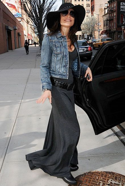 Celebrity Style: Bethenny Frankel's Express Denim Jacket | Clothes ...