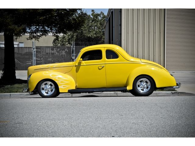 Deluxe 1940 Ford Coupe Deluxe Custom | Incredible Cars | Cars, Cars
