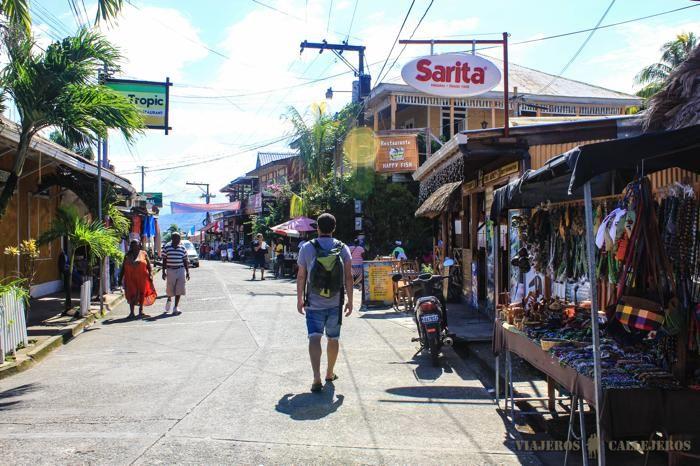 Calles Livingston Guatemala Caribe (700×466)