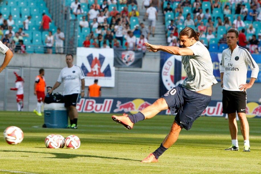 Zlatan Ibrahimovic PSG training Zlatan ibrahimović