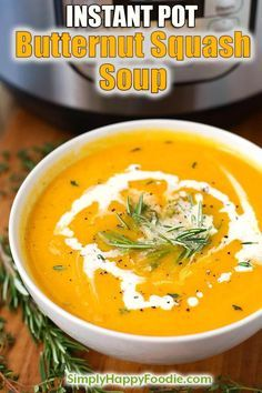 Instant Pot Butternut Squash Soup is a flavorful and healthy Fall soup. We love this pressure cooker butternut squash soup soup with warm crusty bread! simplyhappyfoodie.com #butternutsquashsoup #instantpotrecipes #instantpotsoup #instantpotbutternutsquashsoup #butternutsquashsoup