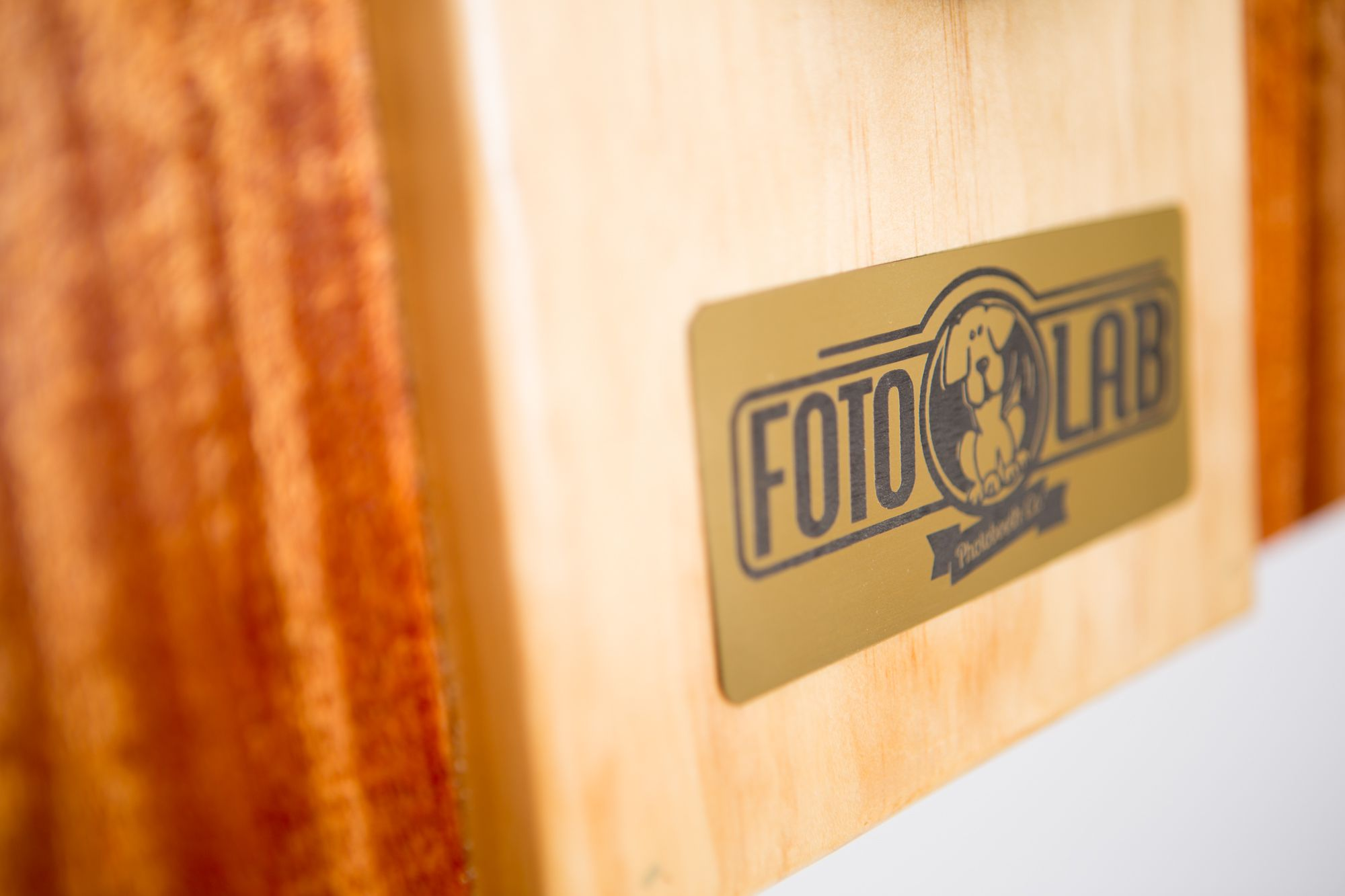 INTRODUCING FOTOLAB PHOTOBOOTH A PREMIER VINTAGE STYLED