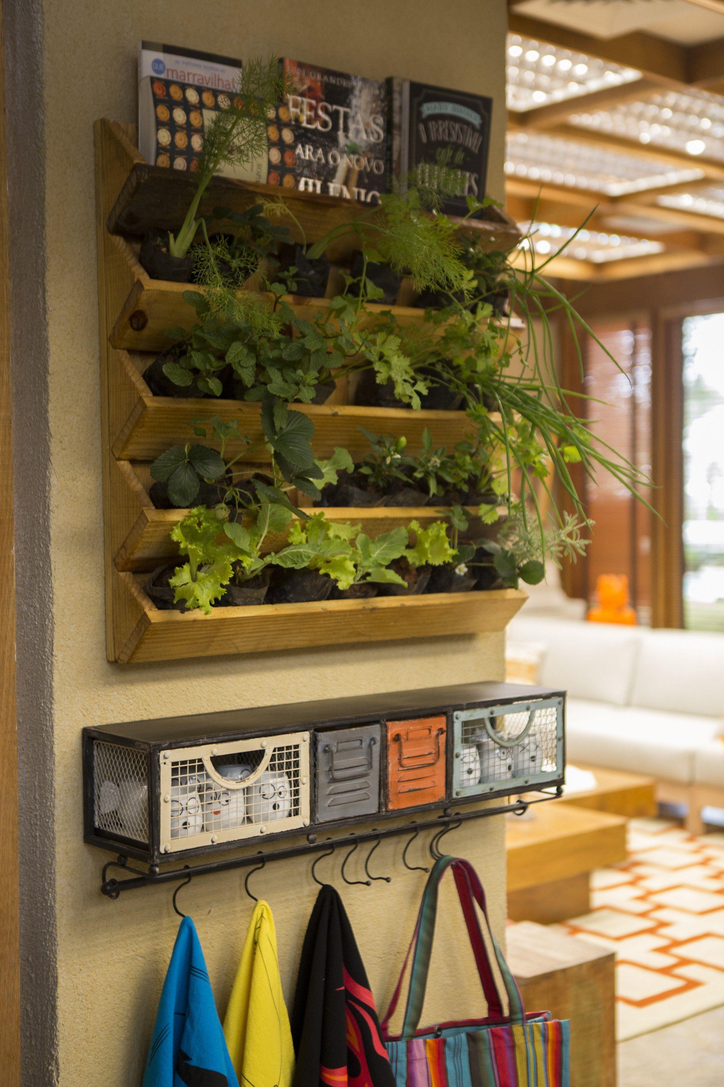 Veja Lindas Refer Ncias De Hortas Em Casas E Apartamentos Para  ~ Horta De Temperos Na Cozinha