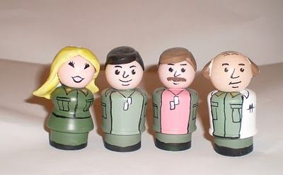 Quinnarama: M*A*S*H Fisher Price Little People