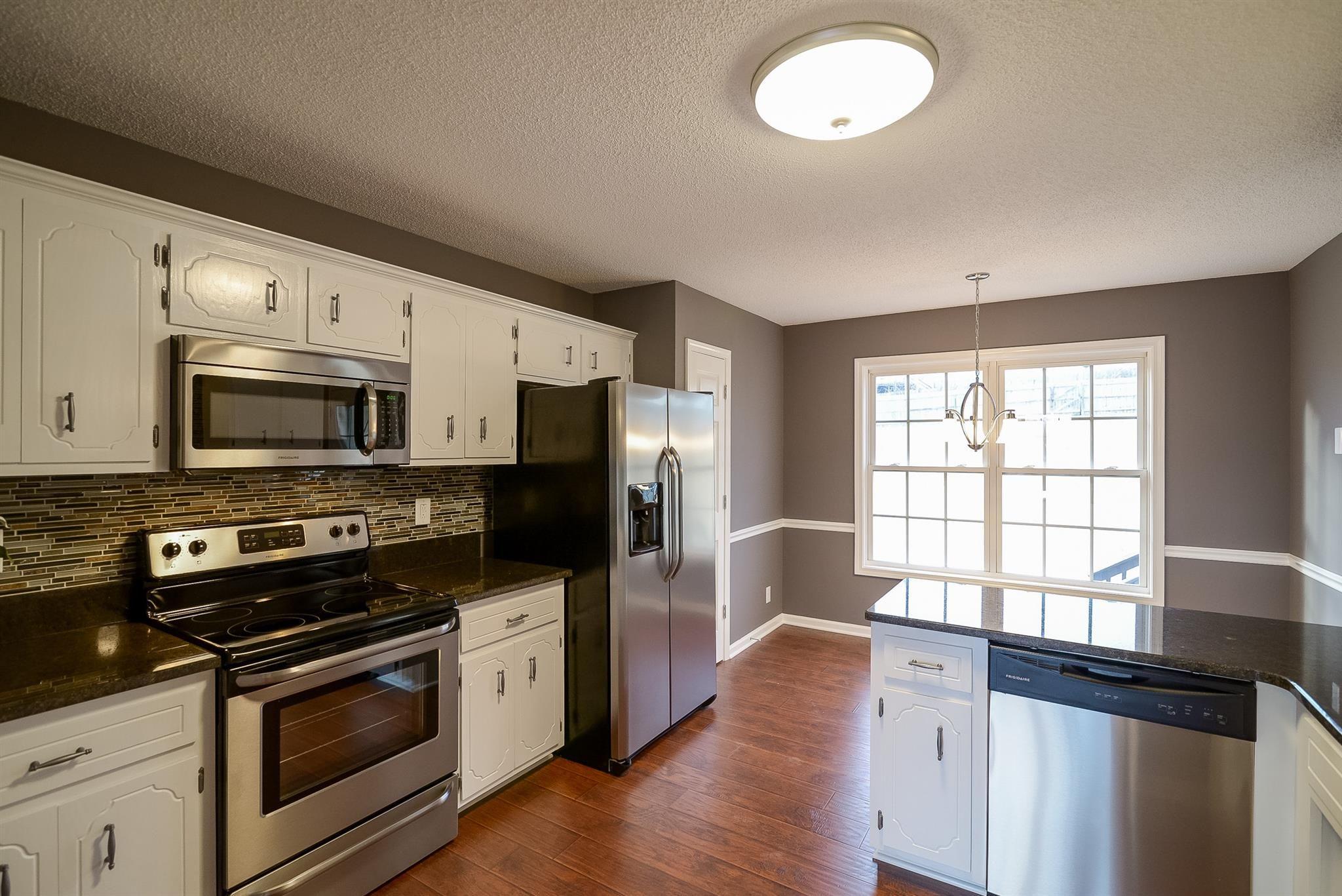 1484 Mckinley Ct., Clarksville TN 37042 - Photo 4   Home ...