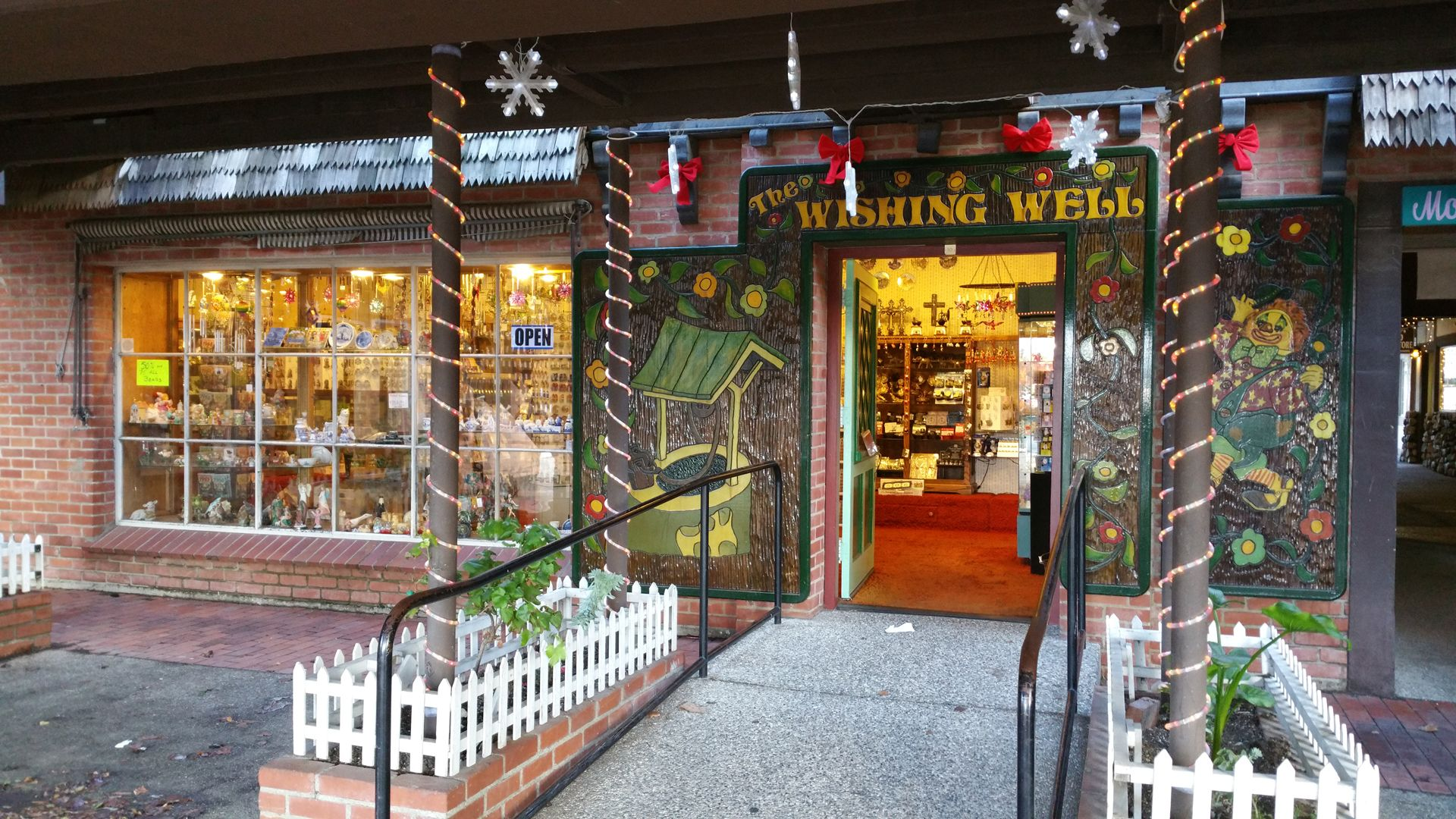 The Wishing Well Gift Shop Filled With Inexpensive Gifts And