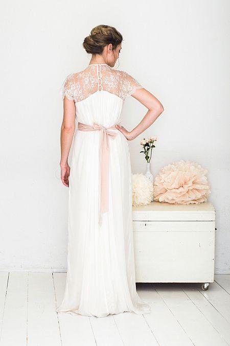 elfenkleid: feel modern yet romantic white lace wings | Brautkleider ...