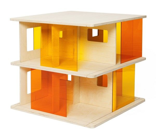 Momoll Plexi glass Dolls House, what a jewel