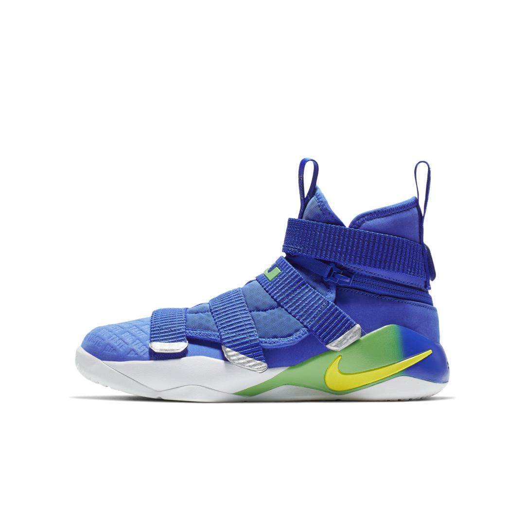 Nike Nike LeBron Soldier XI FlyEase Big Kids' Basketball Shoe Size 4.5Y (Black) from NIKE | Shop