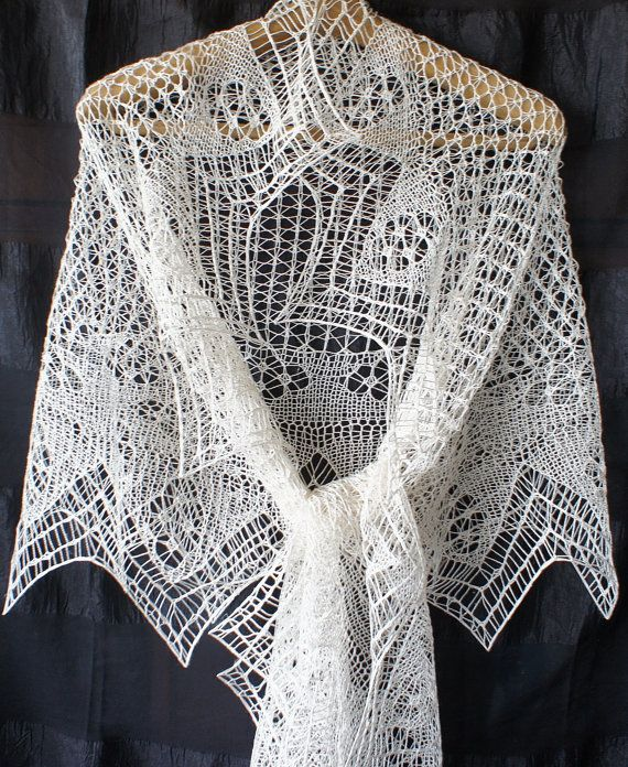 SALE. Handknit shetland lace white silk shawl. Knitted shawl, lace silk wedding veil. Shetland lace stole, knitted silk wedding shawl.