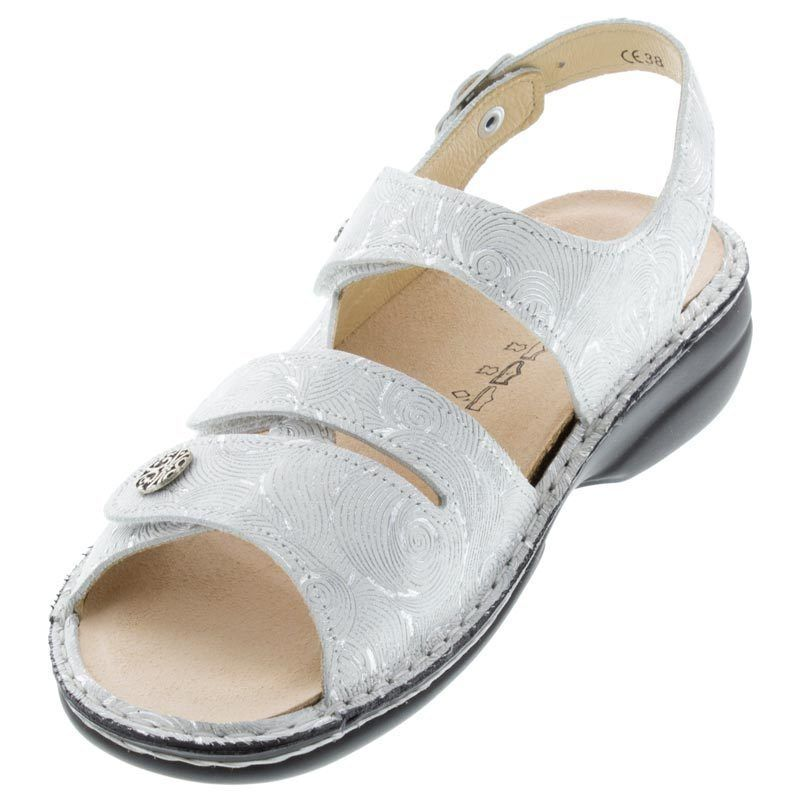 0bbd3860d Finn Women s Gomera Soft Leather Sandals Hair Flour Sz 10.5 - Free Shipping   fashion  clothing  shoes  accessories  womensshoes  sandals (ebay link)