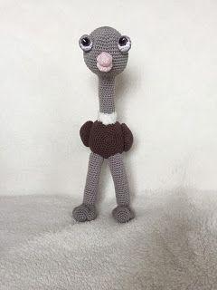 Design by Alinies: Leuk haakpatroon struisvogel/ Nice chrochetpattern Ostrich