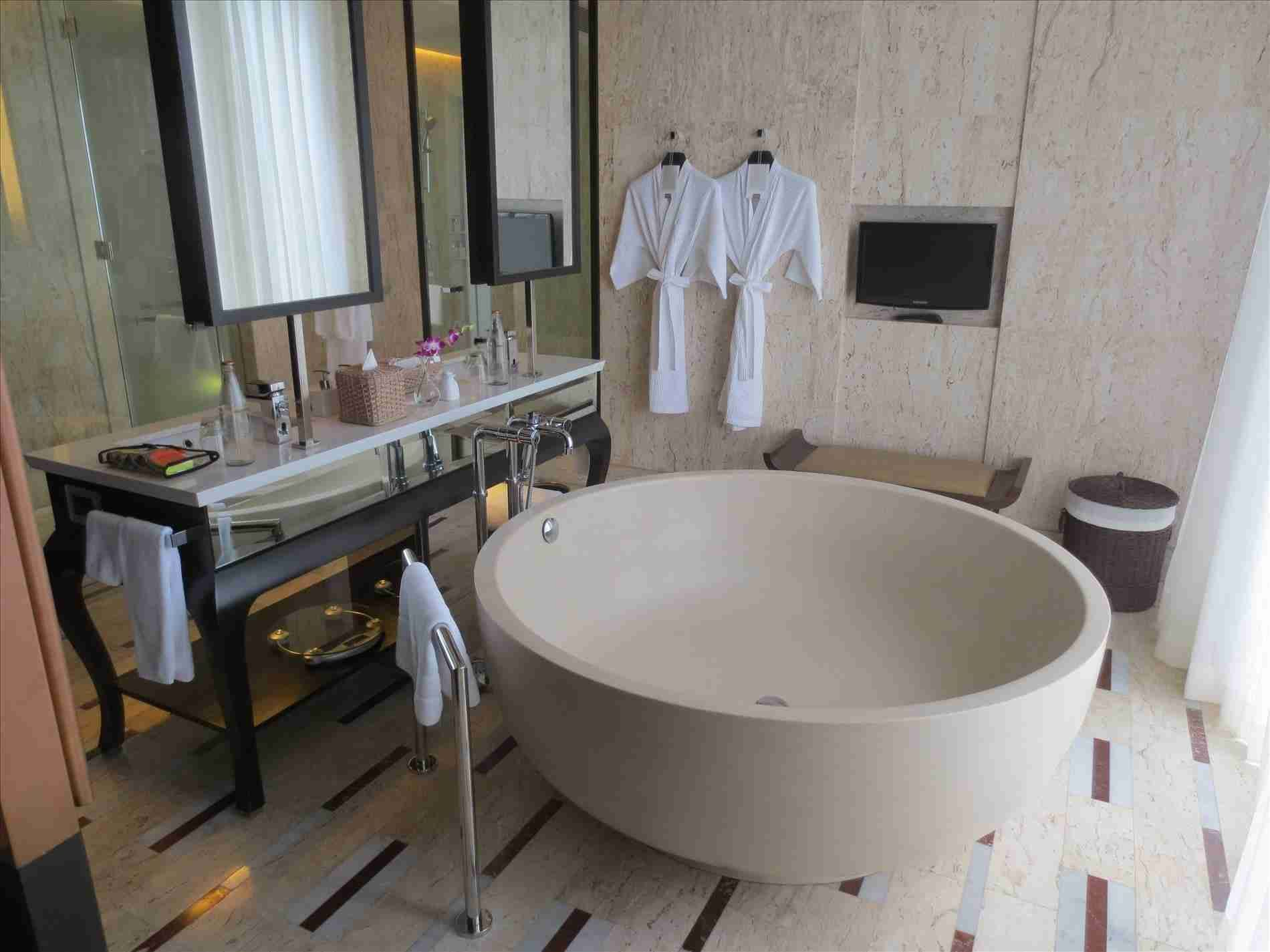 New post Trending-hotels with huge bathtubs-Visit-entermp3.info ...