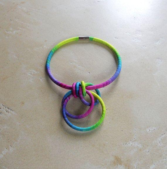 Interlock Circles Statement Necklace Fressia by fiber2love on Etsy