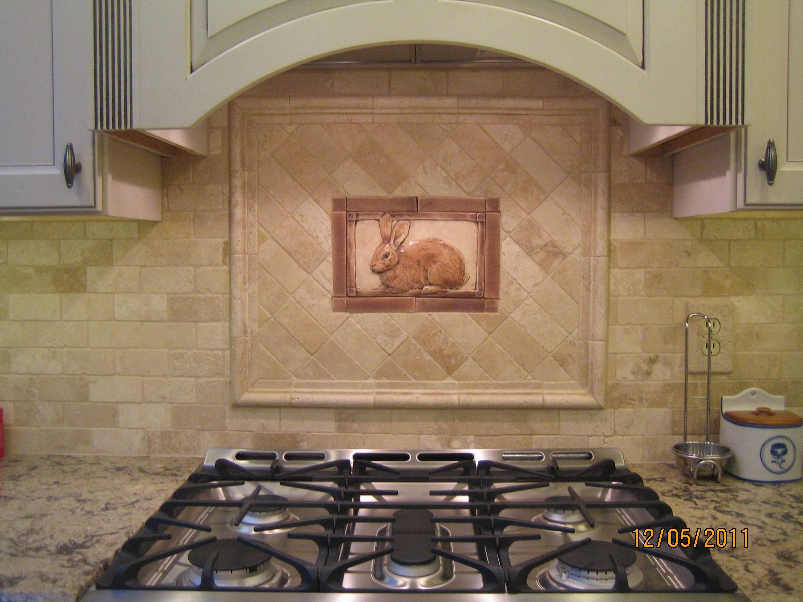 Kitchen Tiled Backsplash With Handcrafted Rabbit Tile As An