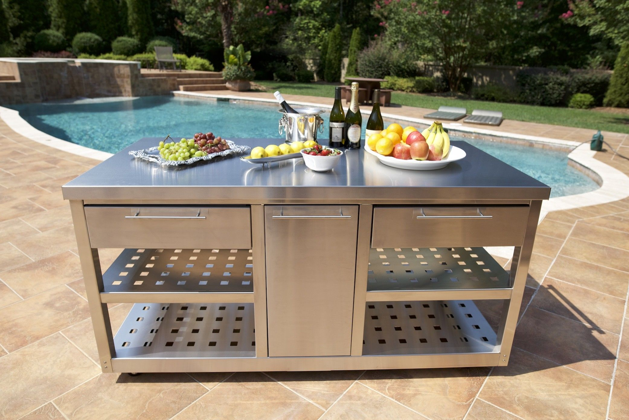 Outdoor Mobile Chef S Station Stainless Steel John Michael Outdoor Kitchens 5000 Outdoor Kitchen Outdoor Furniture Sets Kitchen