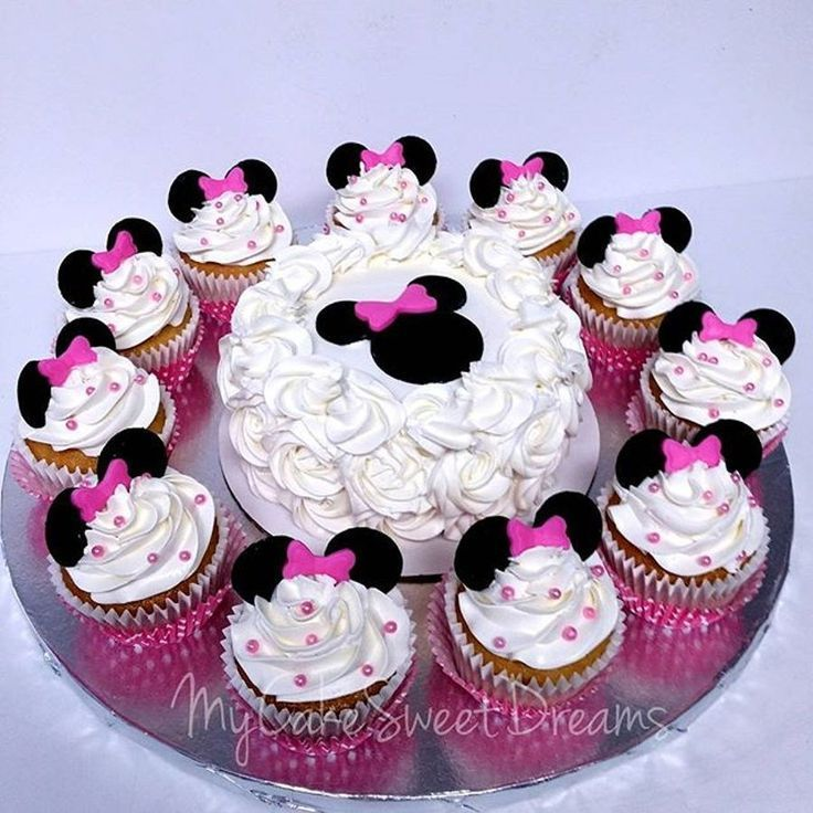 Photo of 21+ Wunderbares Foto von Minnie Mouse Cakes 1. Geburtstag,  #birthdaycupcakes #c…