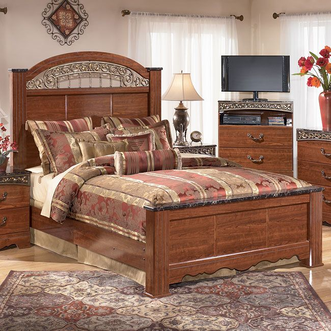 Fairbrooks Estate Poster Bed King Bedroom Sets