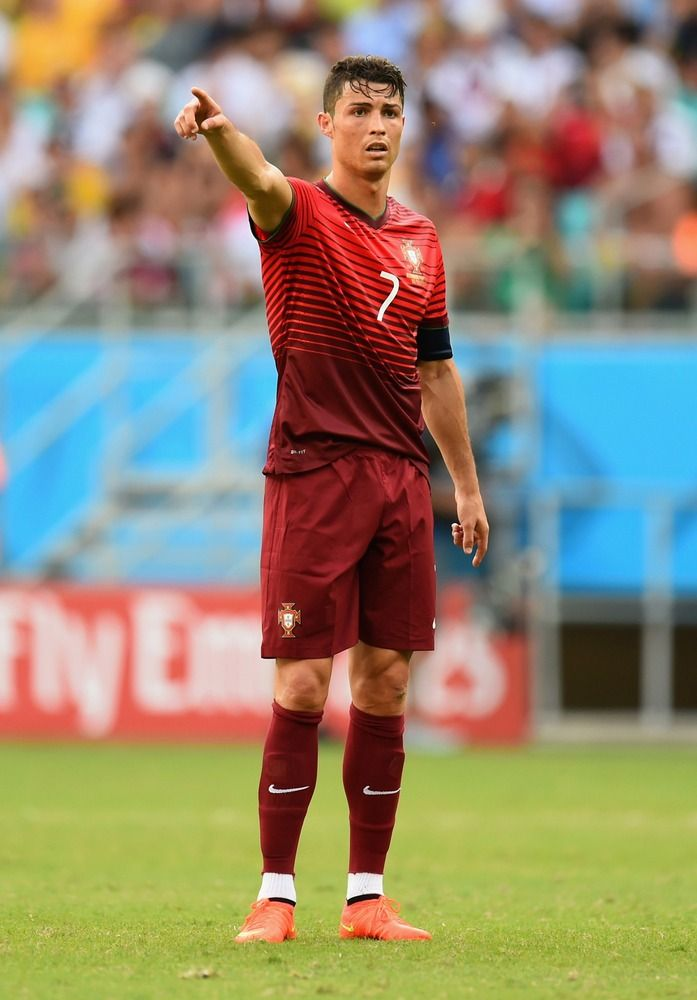 Every Time Cristiano Ronaldo Complained At The World Cup Ronaldo Cristiano Ronaldo Cristiano Ronaldo Haircut
