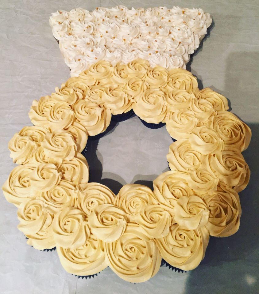 A Diamond Ring Pull Apart Cake To Celebrate An Epic Bridal Shower