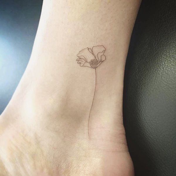 Simple Yet Strong Line Tattoo Designs 77 Tiny Foot Tattoos Dainty Tattoos Mini Tattoos