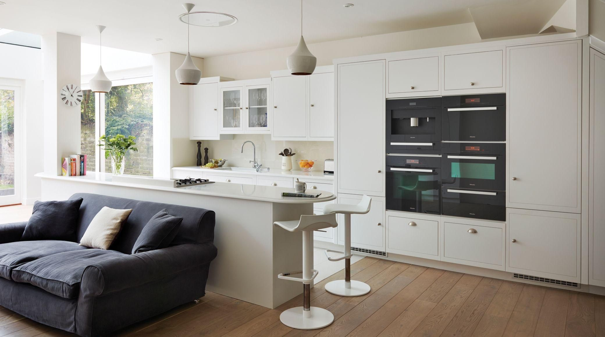 (Harvey Jones Linear Kitchen)