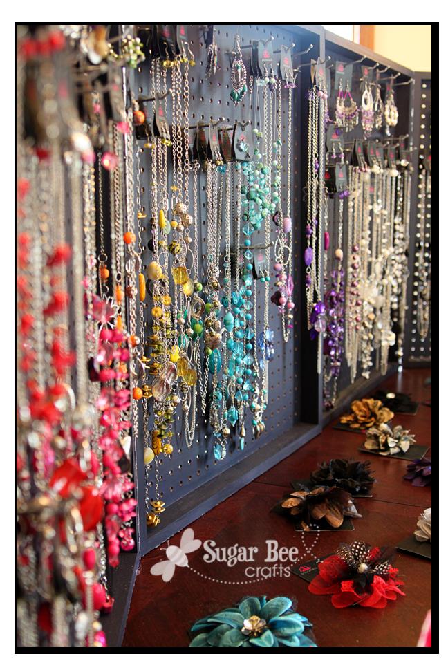DIY Paparazzi Jewelry Peg Board / Foldable Display Case ...