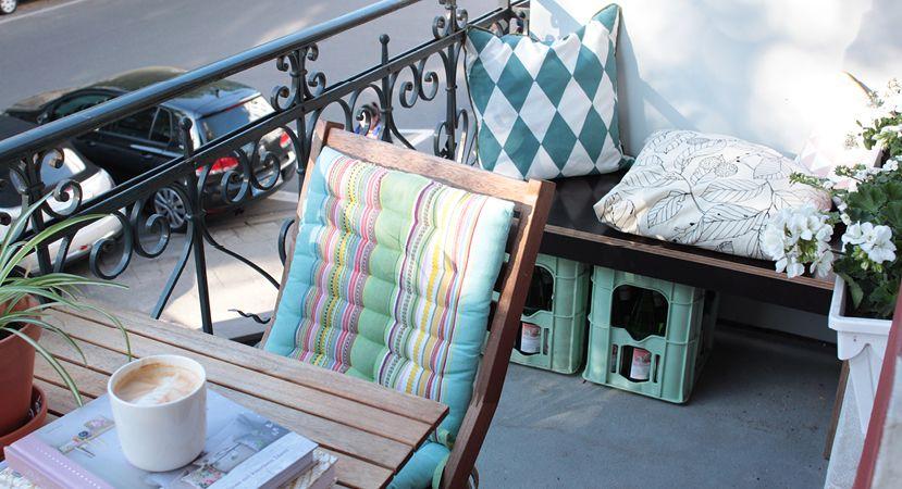 diy: balkon-bank selber bauen (inkl. bebilderter anleitung, Garten ideen