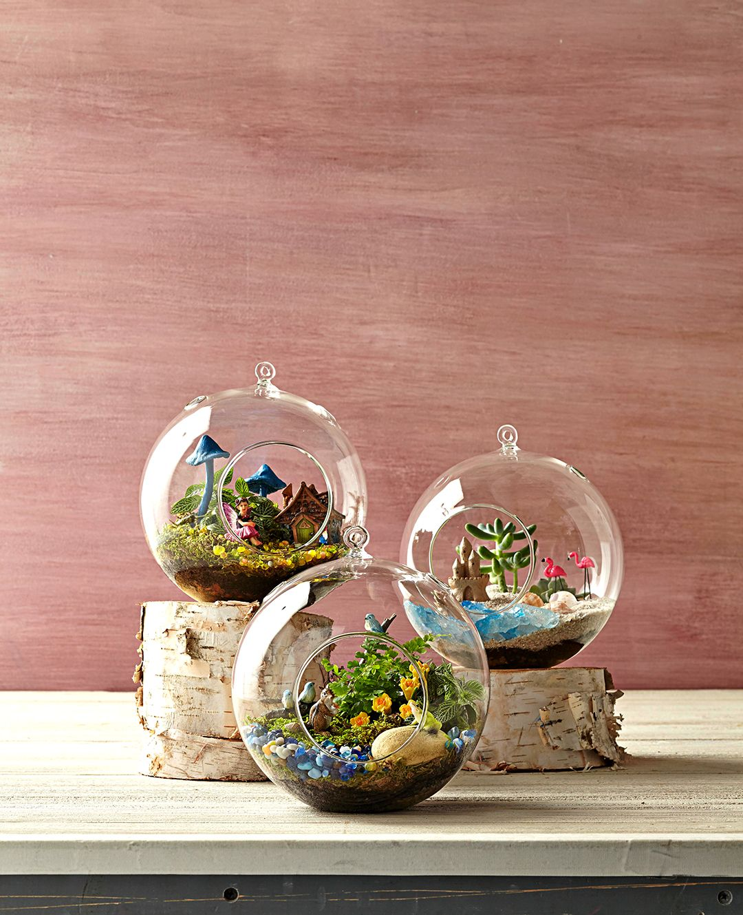 8 Charming Terrarium Figurines You Can Get On Amazon Container