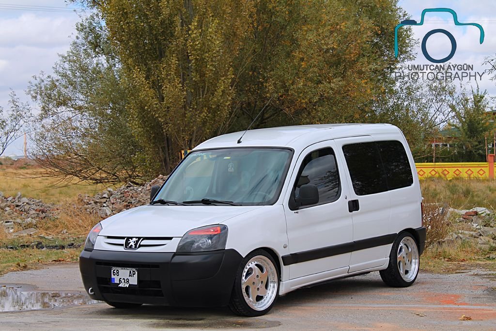 Peugeot Partner Peugeot Custom Vans Citroen Berlingo