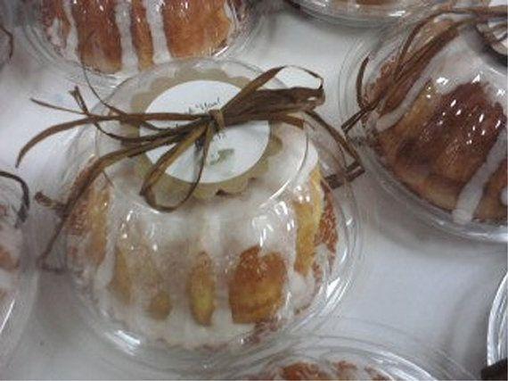 24 Clear Plastic Mini Bundt Cake Favor Boxes Set Of 24