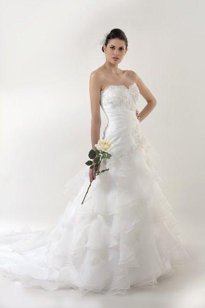 vestidos de novia / hkollection / nohk (961) -- // la casa blanca