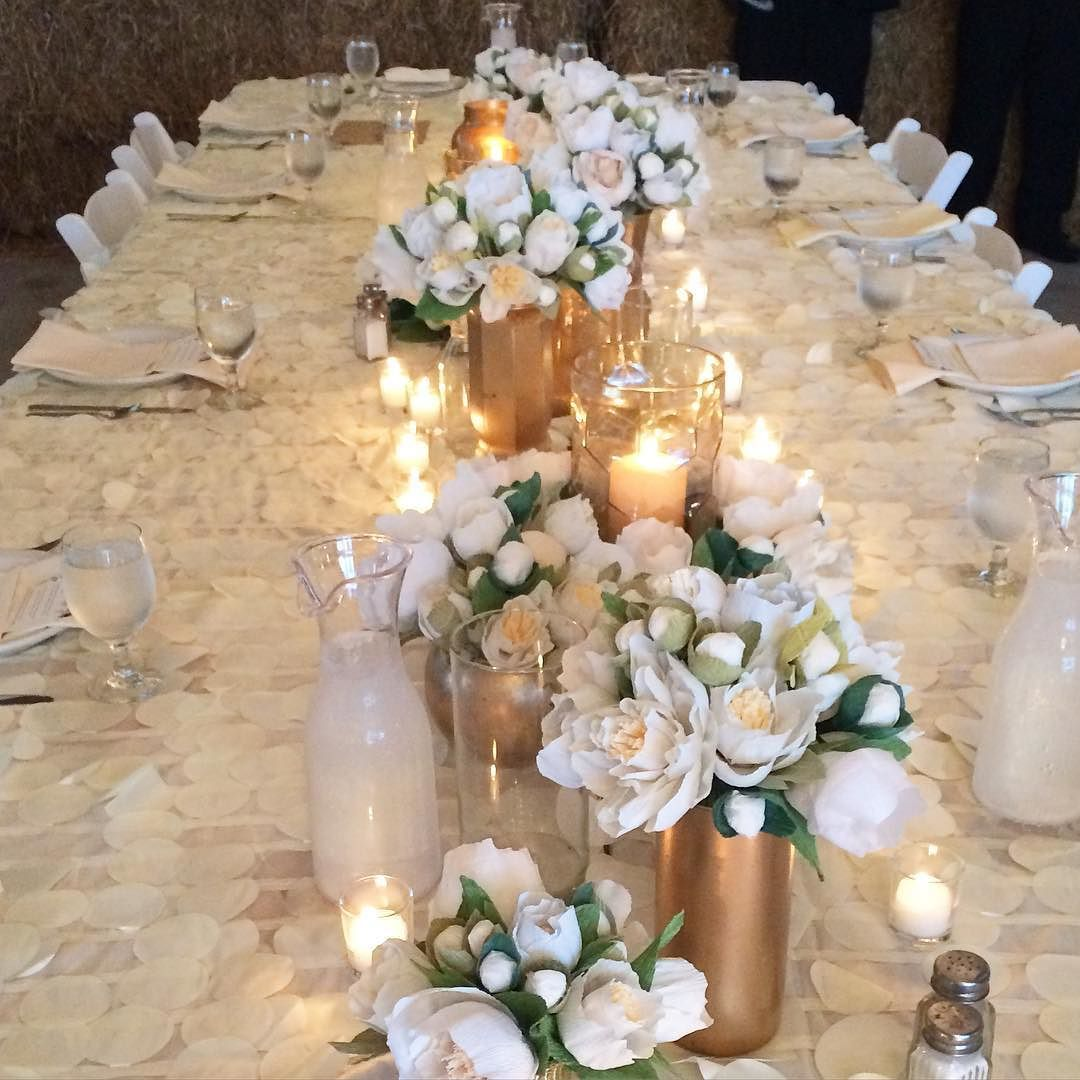 Jake u Kerraus amazing head table with just a sampling of the