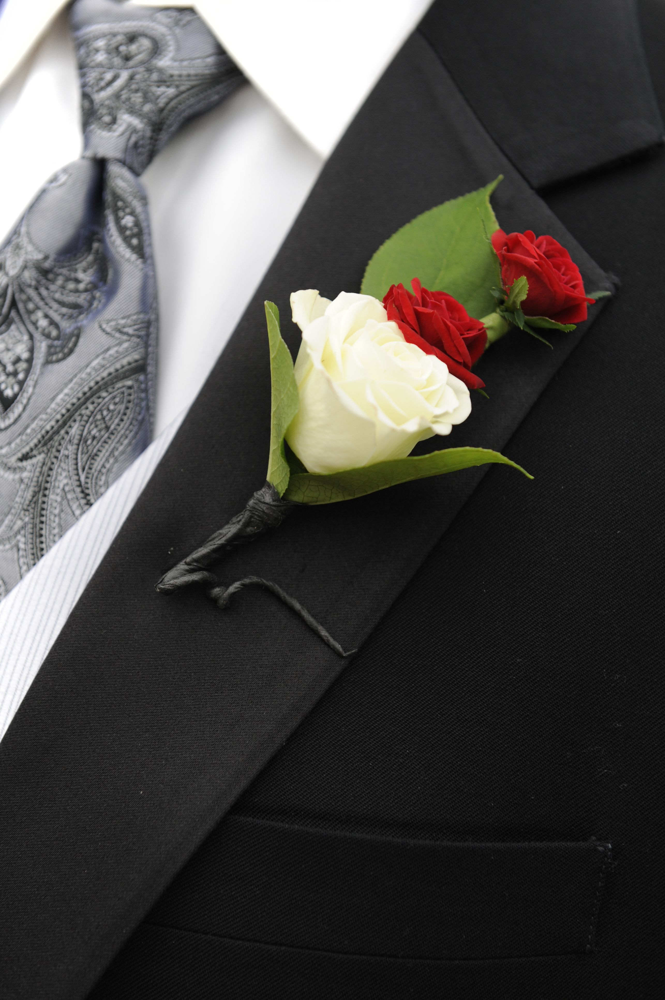 Groom Boutonniere Red Rose White Flower Copyright Tamimcinnis
