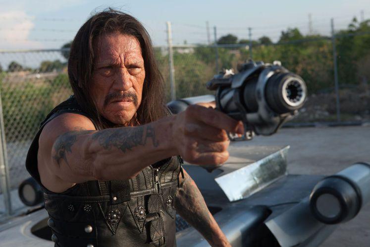 """""""Machete Kills"""": Machete feiert nicht mit der Familie, er feuert auf Feinde - Ein Mexikaner sucht im Kino wieder Gerechtigkeit. Zur Filmkritik: http://www.nachrichten.at/freizeit/kino/filmrezensionen/Machete-Kills-Machete-feiert-nicht-mit-der-Familie-er-feuert-auf-Feinde;art12975,1267031 (Bild: Universal)"""