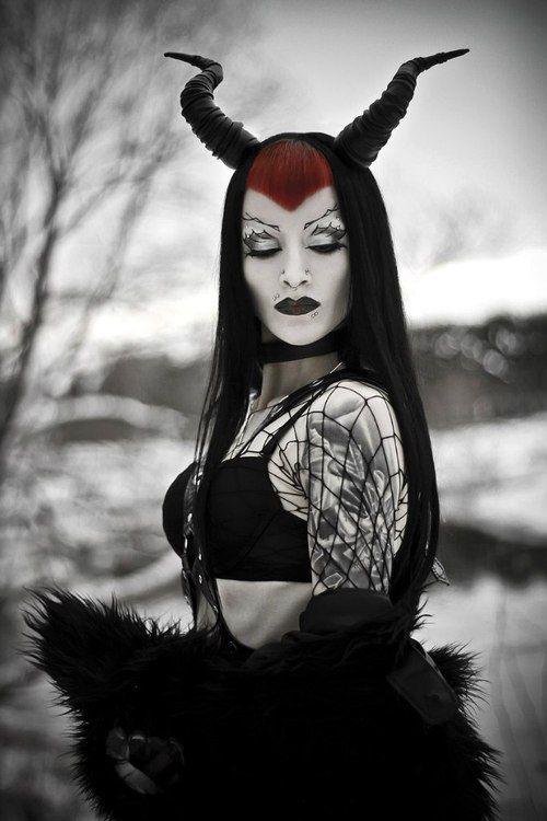 2c8112e2e Goth girl | Devils and Demons | Goth girls, Gothic fashion, Goth