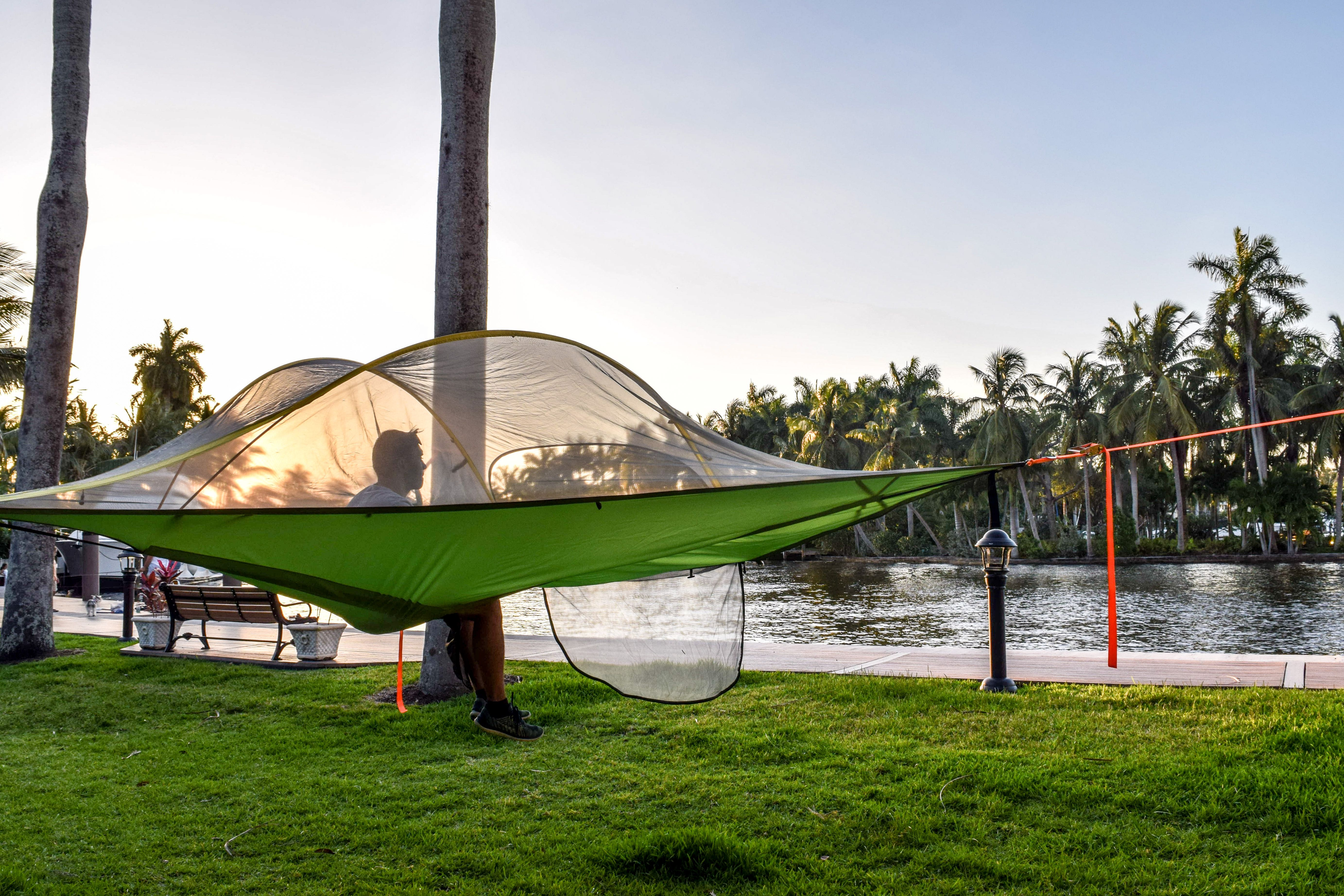 Tree Tents In Fort Lauderdale Florida Who Wants To Hang