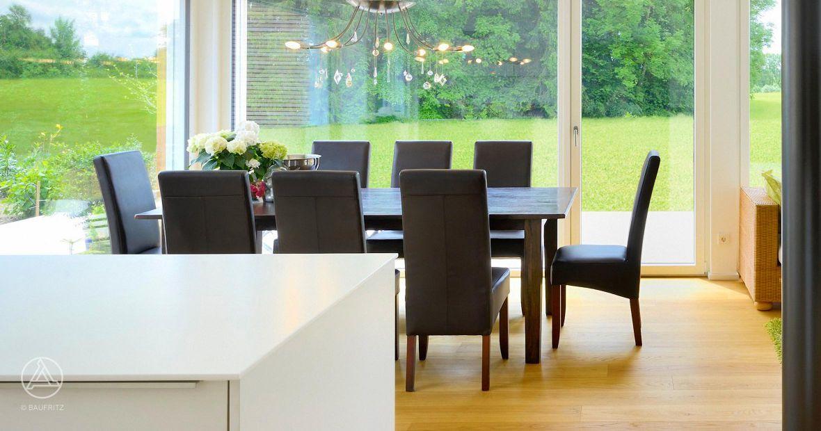 Mehrfamilienhaus-Innenansicht Essbereich, Esstisch, bodentiefe - deko fenster wohnzimmer