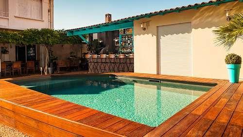 Une piscine hors sol dans un patio Bluewood Home deco Pinterest