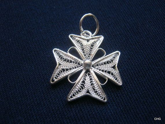 10 x charms filigree style cross silver and or copper tone