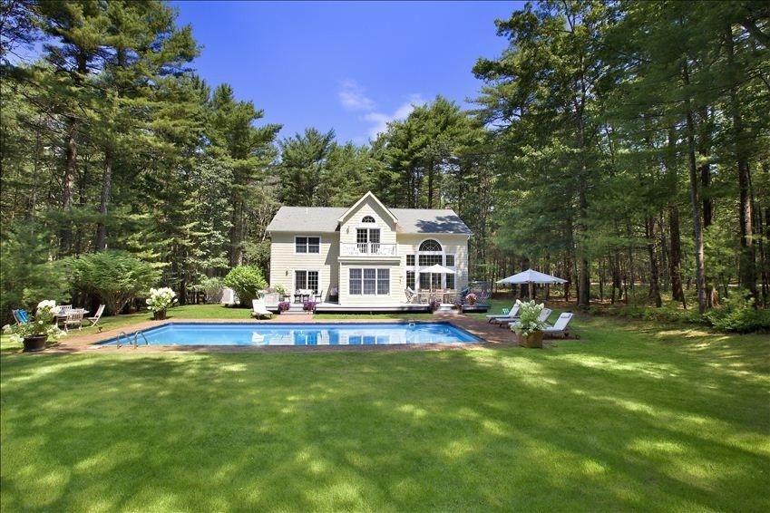 House vacation rental in east hampton from