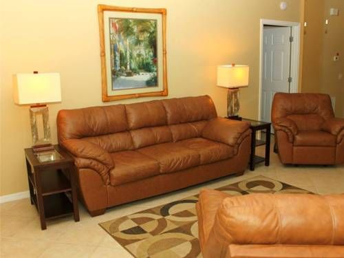 103 At Crimson Madeira Beach Florida Offers Accommodation In The Apartment Is 200 Metres From John S P