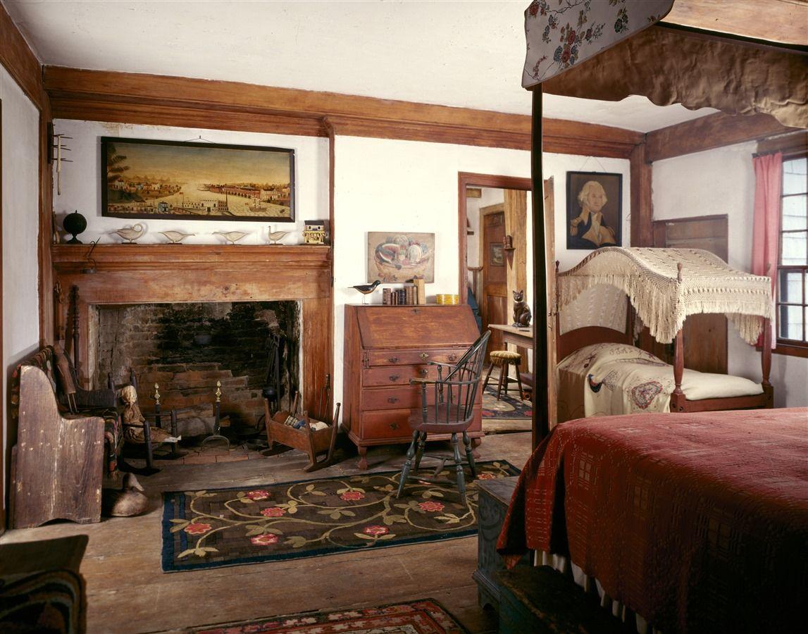 New England Colonial Home Interiors