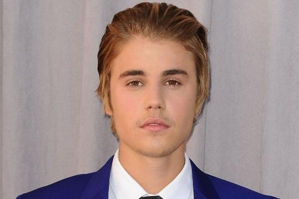 21 Crazy Justin Bieber Haircut Styles Throughout The Years Mens Modern Hairstyles Mens Hairstyles Modern Hairstyles