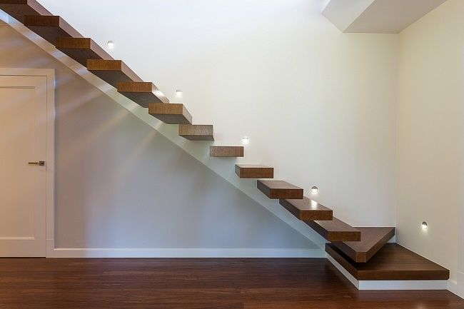 Cantilevered Stair