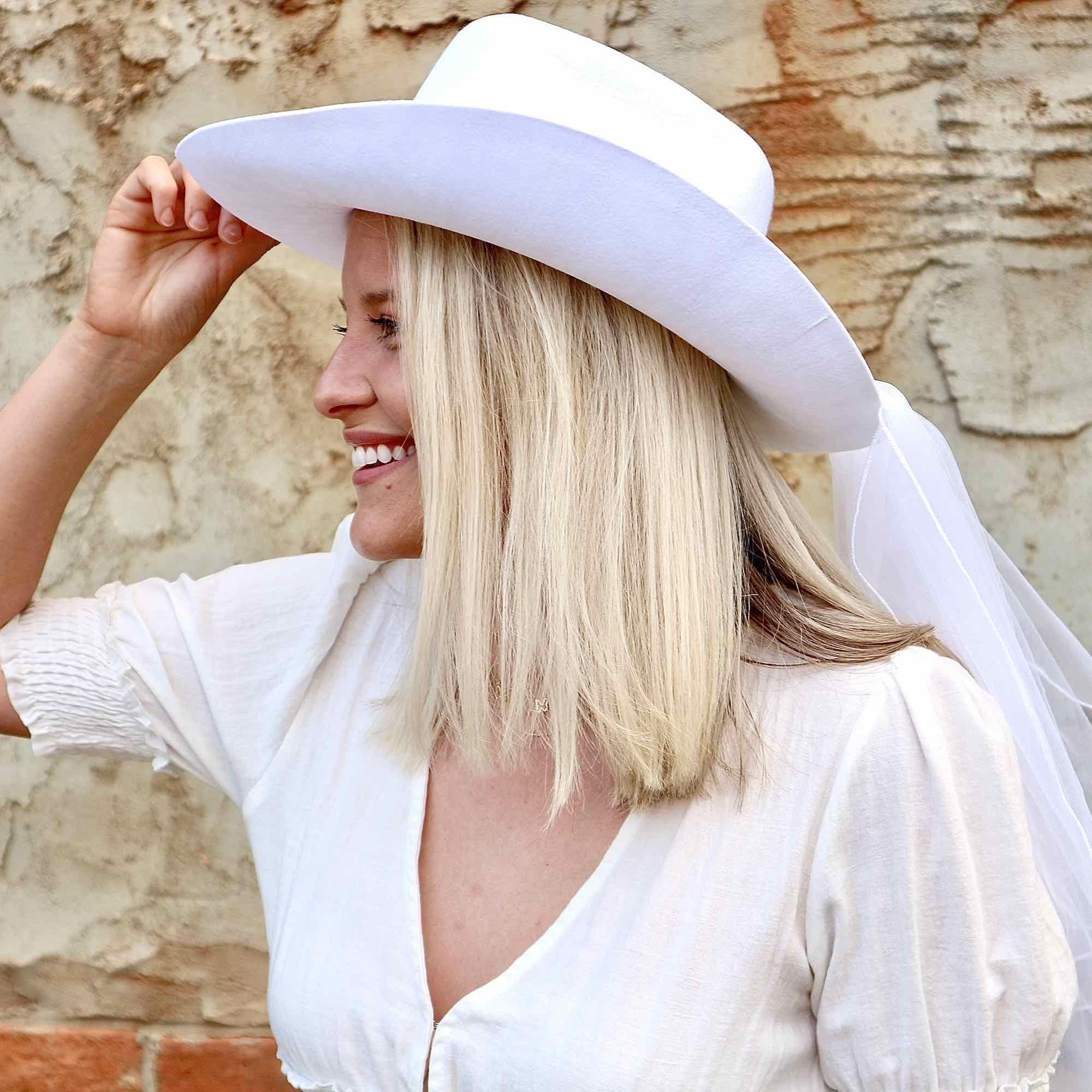 Cowboy Hat Veil In 2021 Western Bachelorette Country Western Bachelorette Party Bachelorette Party Veils