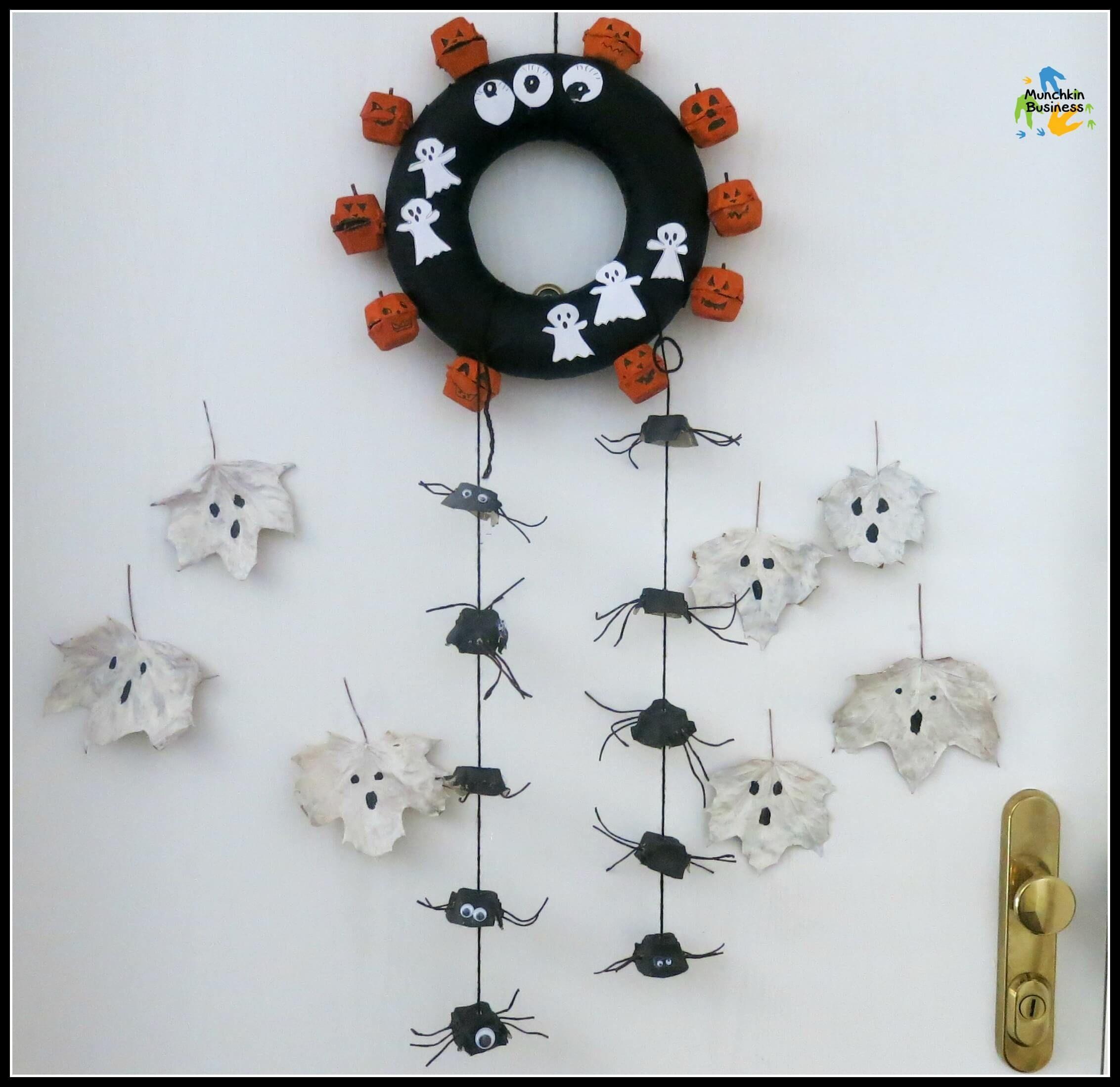 DIY Halloween pumpkin wreath made with recycled egg carton