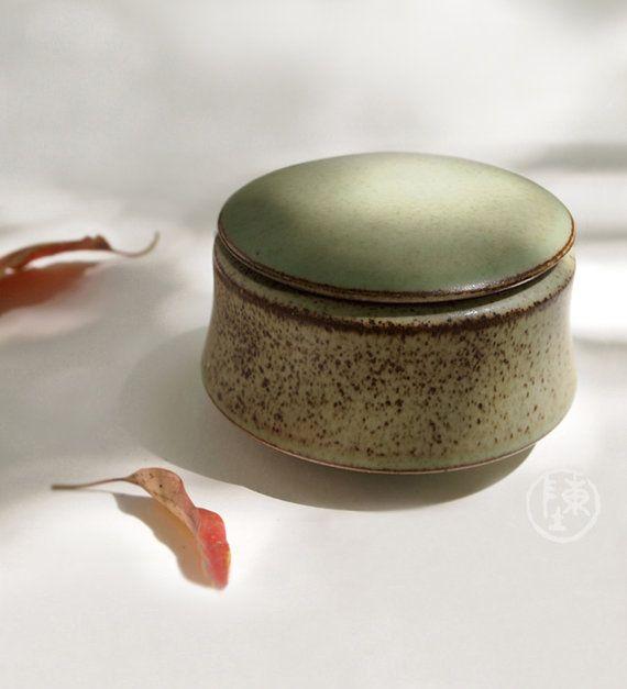 Ceramic Jar With Lid Round Asparagus Green Stoneware Ceramic Jar