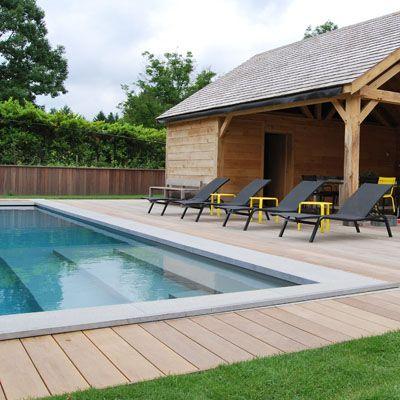 Plage de piscine \ Poolhouse réalisé en Wallonie par COTE TERRASSE